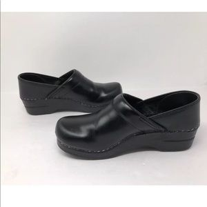 Dansko Clogs Leather Black Women Slip On EUR 39